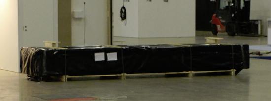 Hirsikehikko pakattuna säänkestäviin muoveihin