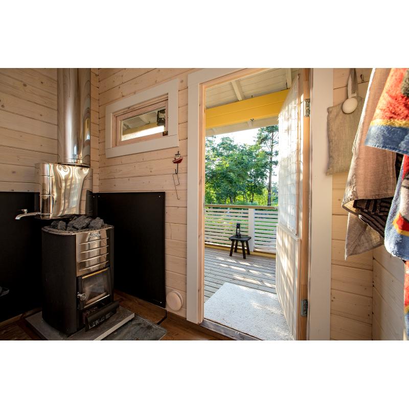 Saunamökki Otso Saunasta terassille päin - Asiakkaan lähettämä valokuva, 70 mm hirsivahvuus