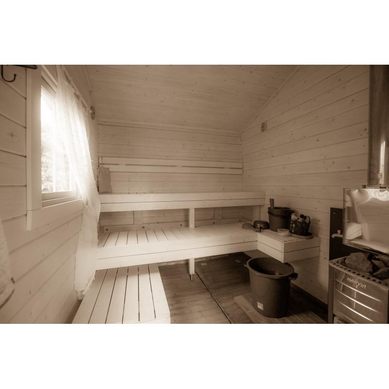 Saunamökki Otso - Asiakkaan ottama valokuva saunan sisätiloista - Laajakuva