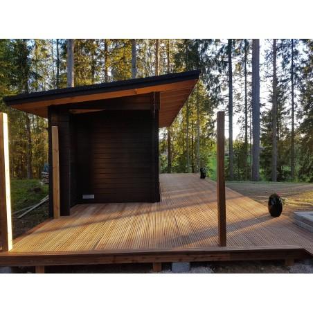 Sauna Pisara - rakennus grillikatoksen päädystä